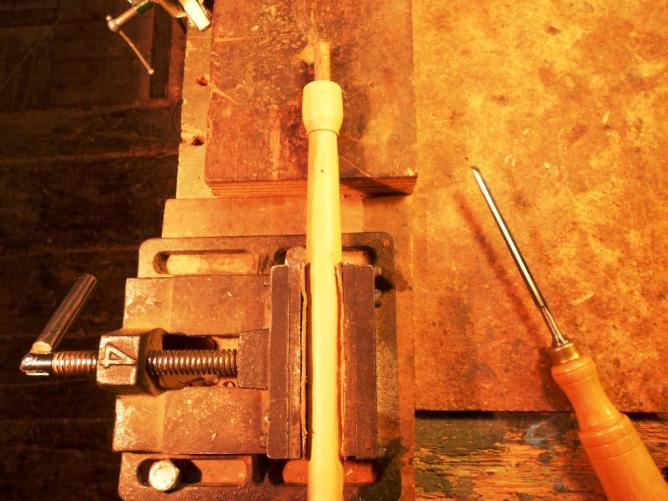 29 Boucher et positionner la flute sur l'étau.