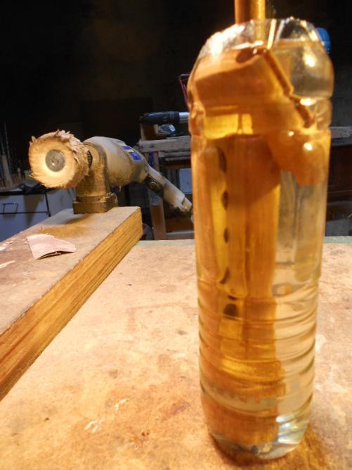 57 et mettre à tremper dans l'huile 24 h.